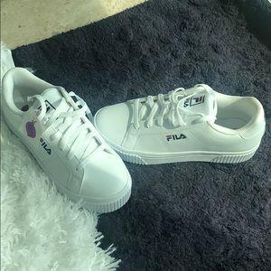 NWT Fila sz 8.5 Panache platform sneaker